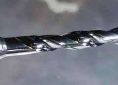 磨粒流为刀具进行钝化抛光